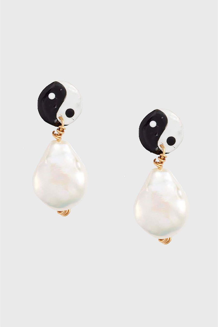 Susan Alexandra Pearly Yin Yang Earring - Classic