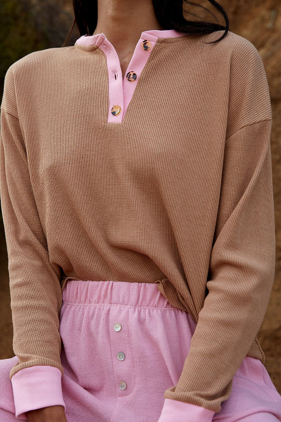 DONNI. Duo Thermal Henley - Camel/Rose