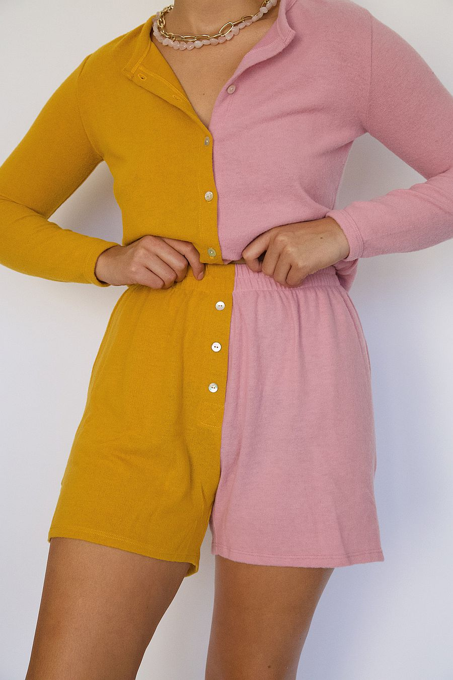 DONNI. Duo Sweater Henley Short - Mustard/Rose