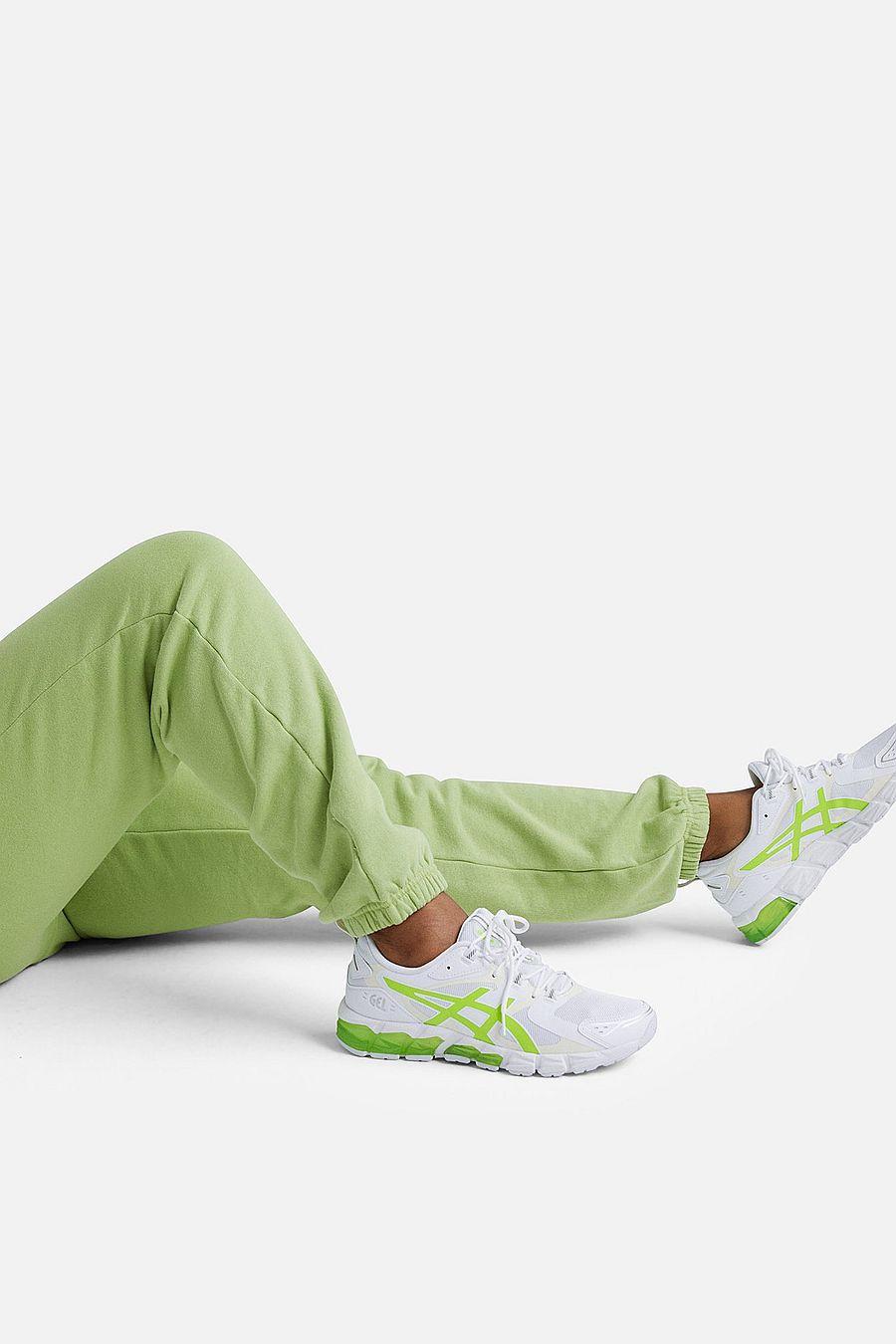 MATE The Label Fleece Relaxed Pocket Sweatpant - PISTACHIO
