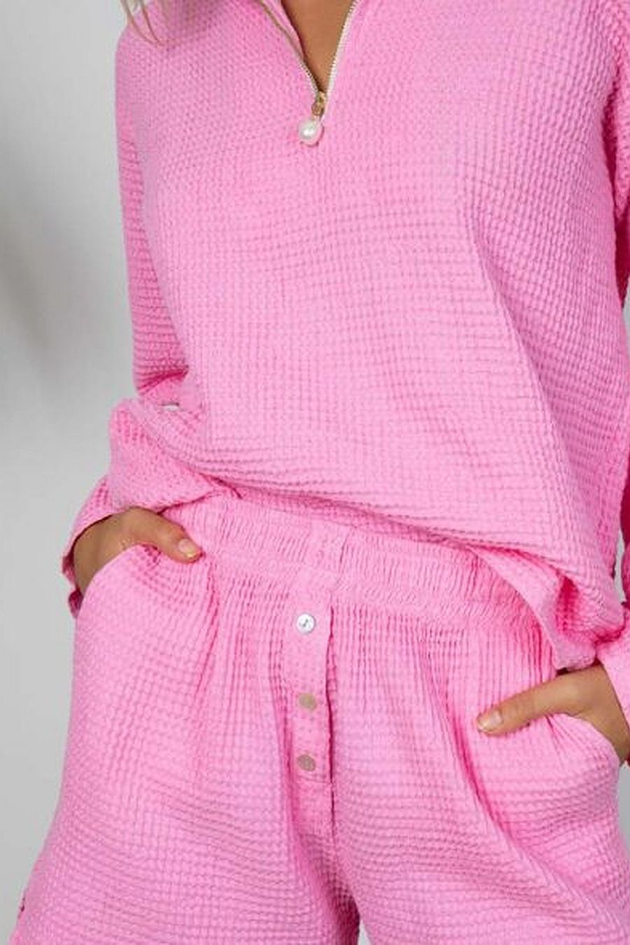 DONNI. Waffle 1/2 Zip Pullover - Flamingo