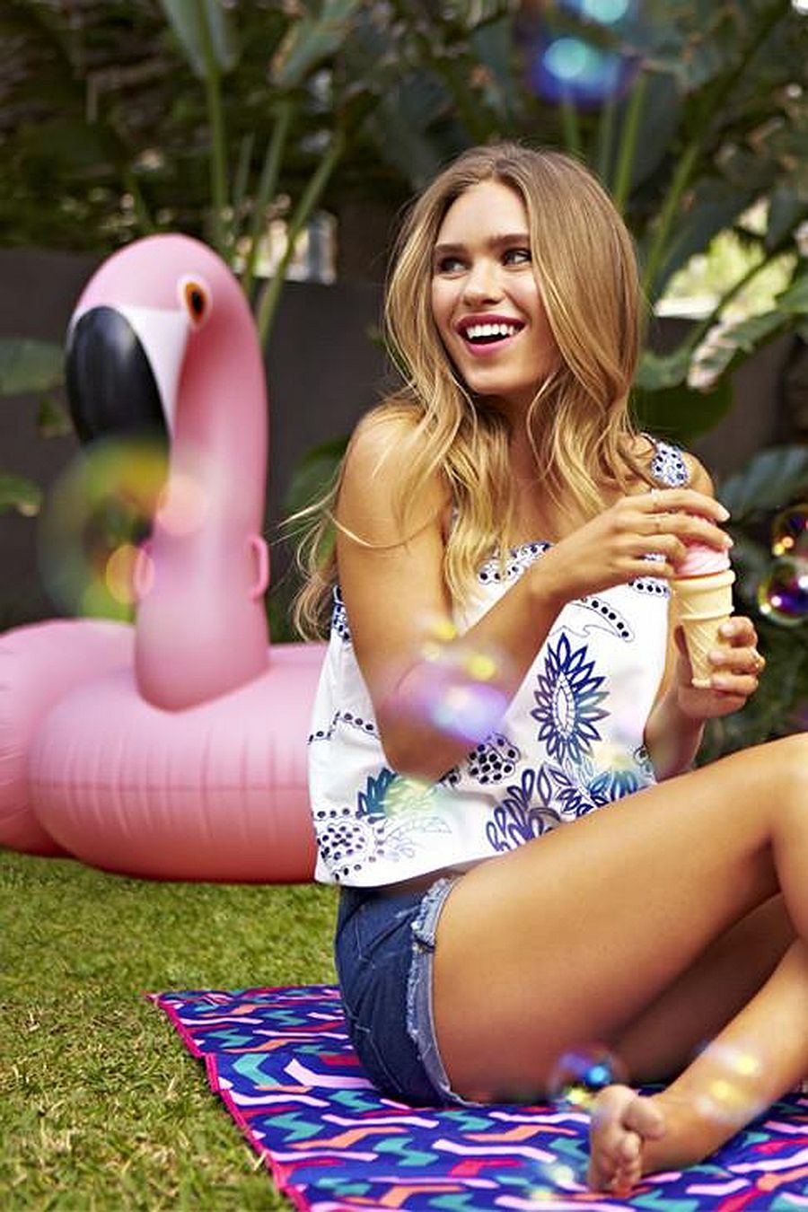 Sunny Life Luxe Ride-on Float | Flamingo